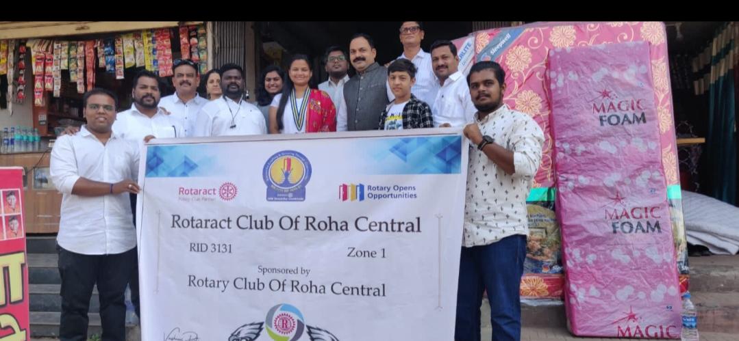 Adarsh Maharashtra | ७२ व्या प्रजासत्ताक दिनाच्या निमित्तान रोट्राॅक्ट क्लब ऑफ रोहा सेंट्रल,...
