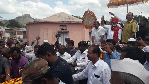 Adarsh Maharashtra | मांजरपाड्याच्या पाण्यामुळे येवला तालुक्याच्या नावापुढे कायम दुष्काळी...
