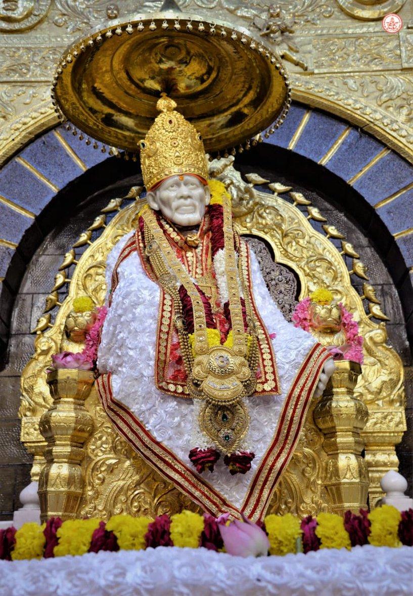 Adarsh Maharashtra | शिर्डीच्या साई मंदिर परिसरात बॉम्ब! निनावी फोननं उडाली एकच खळबळ