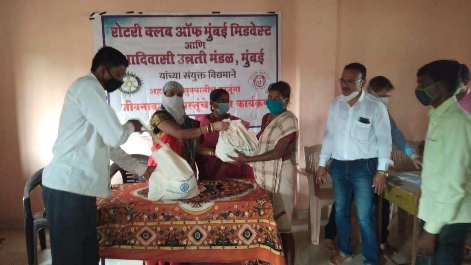 Adarsh Maharashtra | आणि गरिबांची दिवाळी गोड झाली.....
