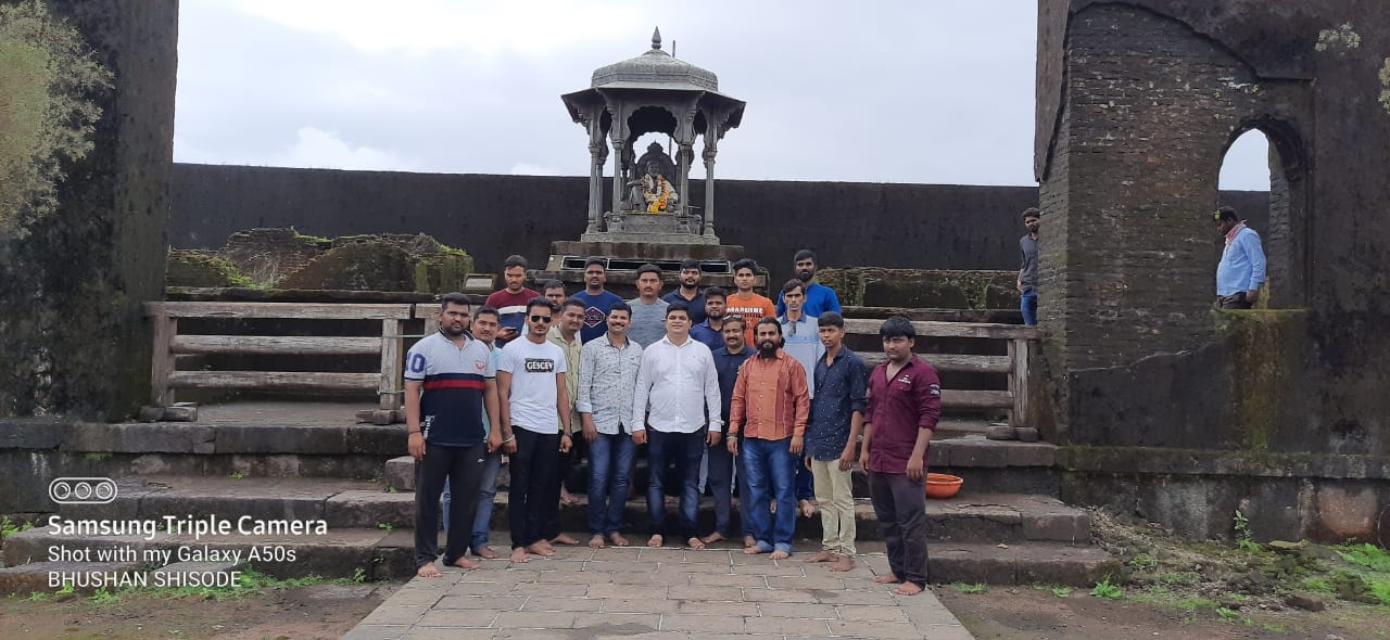 Adarsh Maharashtra | मराठा सेवा संघ आणि संभाजी ब्रिगेडच्या वतीने रायगडावर शाक्त...