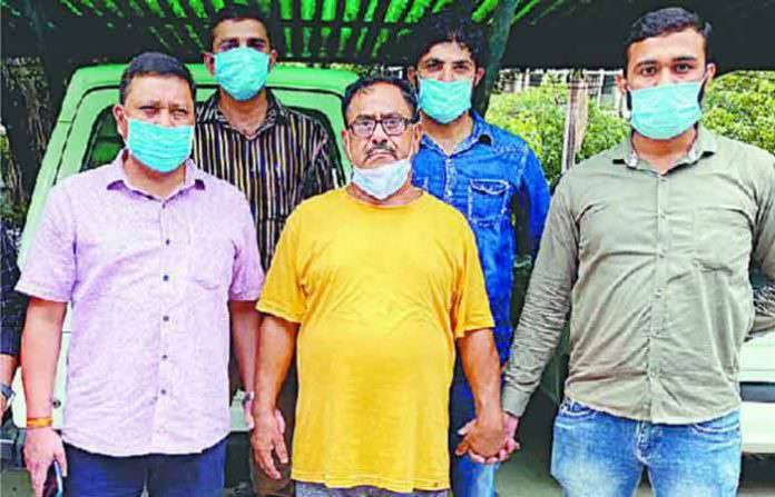 Adarsh Maharashtra | भयंकर!डॉक्टर बनला हैवान, 100 जणांने खून करून मगरींना खाऊ घातलं