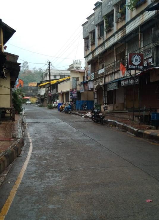Adarsh Maharashtra | नेरळ शहरात खाजगी डाॅक्टरला कोरोनाची लागण! नेरळ शहर हादरले; बुधवार पर्यंत...