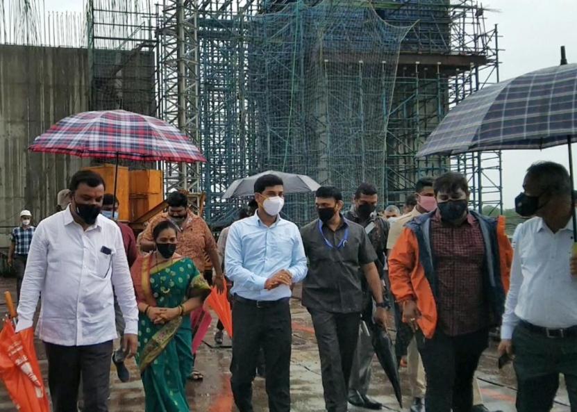 Adarsh Maharashtra | माणकोली पूल आणि रिंगरोड पुढील 15 महिन्यांत पूर्ण करा – खासदार डॉ. श्रीकांत शिंदे यांचे एमएमआरडीएला निर्देश