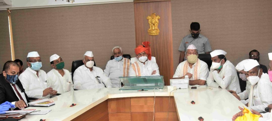 Adarsh Maharashtra | वारकरी प्रतिनिधींच्या प्रस्तावानुसार कार्तिकी वारी,मर्यादित संख्येतील...