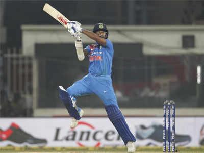 Adarsh Maharashtra   भारताचा विंडीजला व्हाईटवॉश ; शेवटच्या चेंडूवर भारताचा अत्यंत थरारक विजय