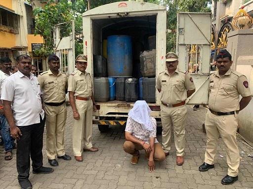 Adarsh Maharashtra | ठाणे आणि पालघर जिल्ह्यात तीन हजार लिटरचा अवैध ताडीसाठा जप्त