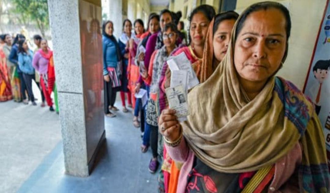 Adarsh Maharashtra   बिहार निवडणूक अशी होणार, ऑनलाइन नामांकन,ग्लव्हज घालून मतदान