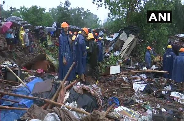 Adarsh Maharashtra | मुंबईच्या मालाडमध्ये भिंत कोसळून १८ जणांचा मृत्यू