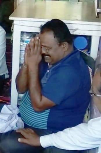 Adarsh Maharashtra   हा हात जोडलेला माणूस कोण आहे माहिती आहे तुम्हाला ??? हे आहेत शहीद विरजवान...