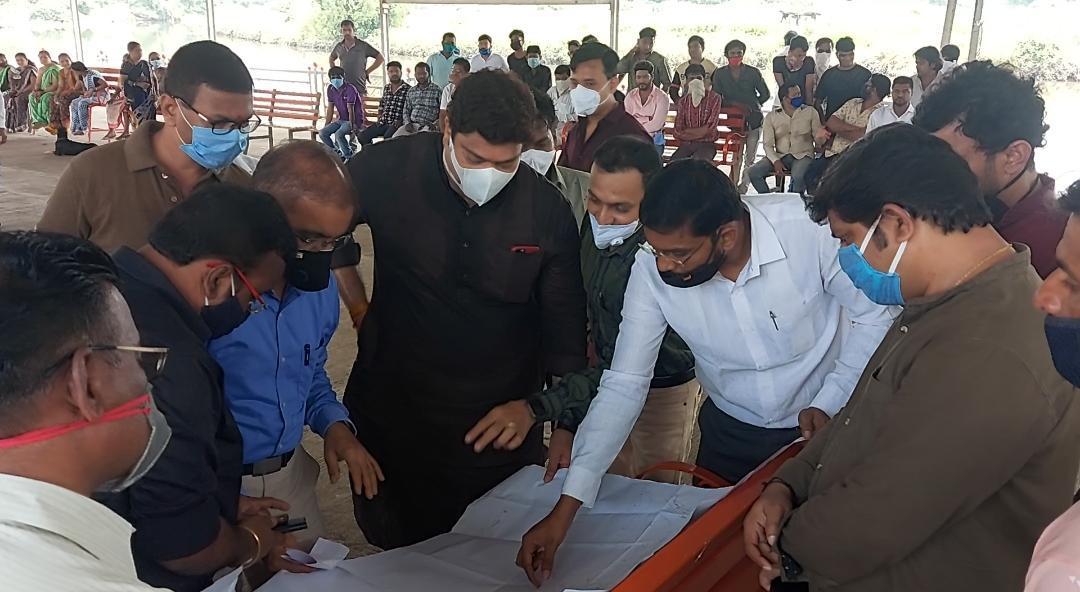 Adarsh Maharashtra | देसाई आगासन खाडी उड्डाणपुलासंदर्भात मनसे आमदार, अधिकारी आणि...