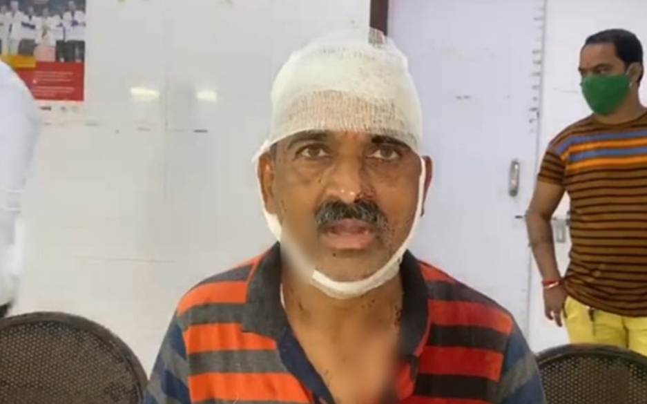 Adarsh Maharashtra | शिवसेनेच्या विभागप्रमुखावर परप्रांतीयाचा प्राणघातक हल्ला