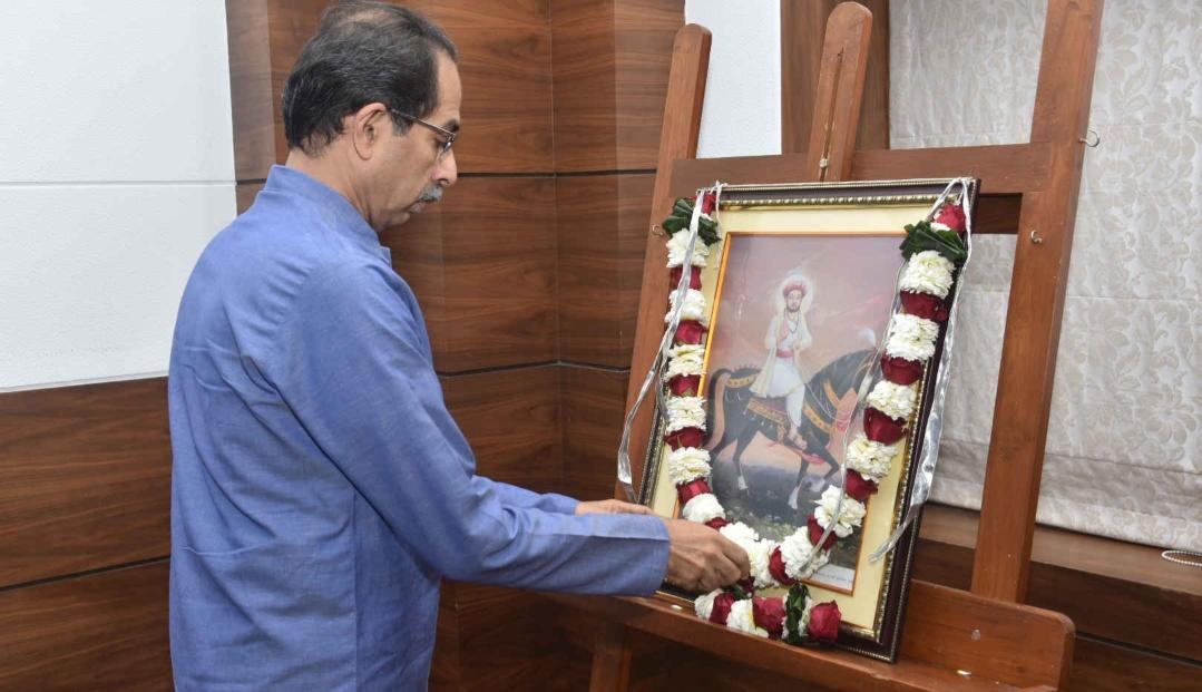 Adarsh Maharashtra | मुख्यमंत्री उद्धव ठाकरे यांचे संत श्री. सेवालाल महाराज यांना जयंतीनिमित्त...