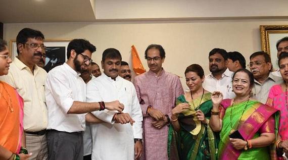 Adarsh Maharashtra | बिन कामाची खोगीरभर्ती