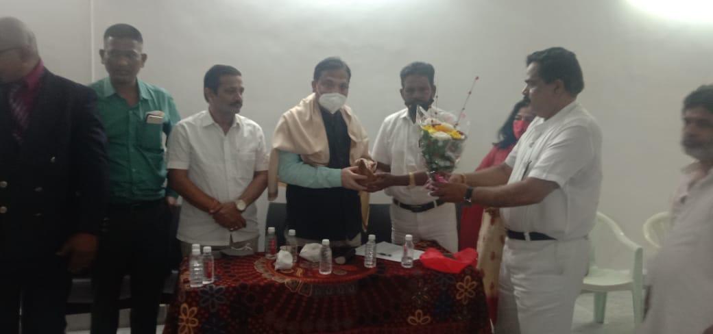 Adarsh Maharashtra | शोषित पिडीत कष्टकरी कामागारा साठी नवीमुंबईत इंटकच्या अध्यक्षपदी धोडीराम...