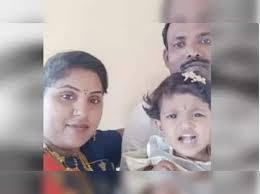 Adarsh Maharashtra | कुटुंबाला जबाबदार धरा: चिमुकलीसह जोडप्याची आत्महत्या