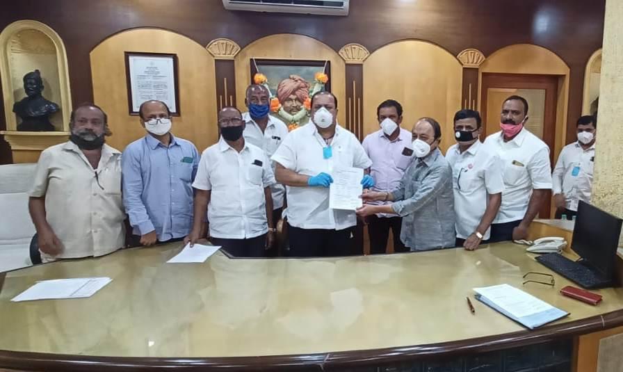 Adarsh Maharashtra   घरगुती वीज बिल भरणार नाही, संपूर्ण वीज बिल माफी मिळेपर्यंत आंदोलन थांबणार...
