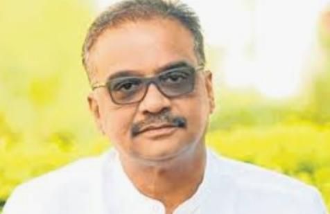 Adarsh Maharashtra   पीएमसी बँक घोटाळा: वसई-विरारमध्ये ईडीची धाड, हितेंद्र ठाकुर यांच्या विवा...